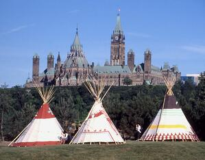 3 teepees and parilament buildings