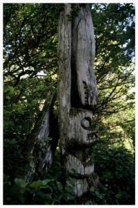 ageing_totem_pole-752019-edited